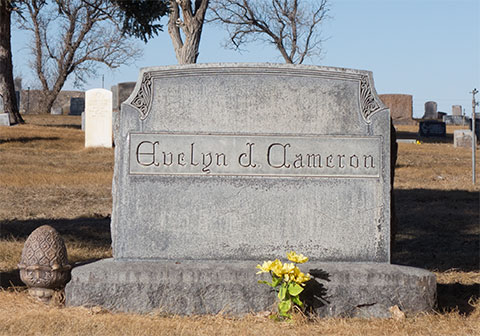 Tombstone of Evelyn Cameron